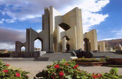 مقبرة الشعرای تبریز میزبان دوستداران فرهنگ و ادب