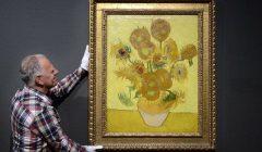 «گلهای آفتابگردان» ونگوگ ترمیم می شود