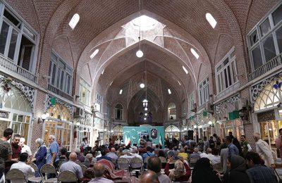 چراغ چهاردهمین جشنواره سراسری تئاتر رضوی در سرای مظفریه تبریز روشن شد